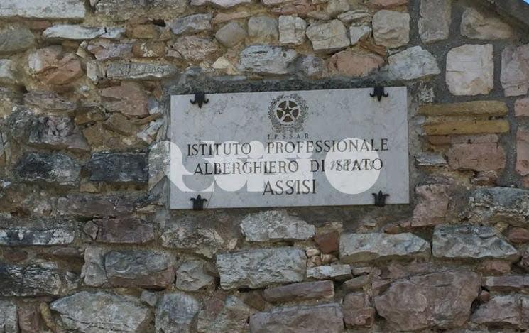 Lutto all'Alberghiero di Assisi, morta Anna Cuccagna: il cordoglio dell'Istituto e dell'assessore Travicelli