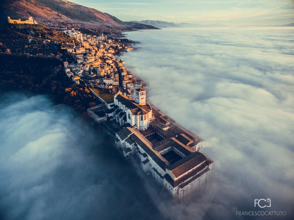 Assisi al World Tourism Expo 2016 con la foto di Francesco Cattuto