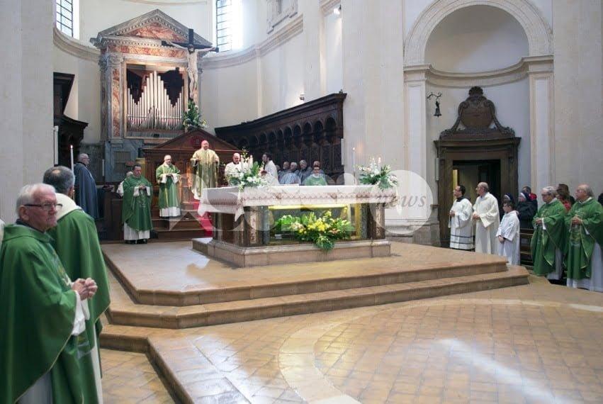 Assisi, chiusura della Porta Santa nella Cattedrale di San Rufino