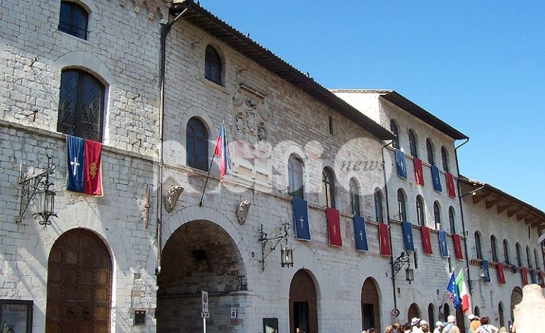 Opposizione all'attacco su assunzioni al Comune di Assisi e voucher