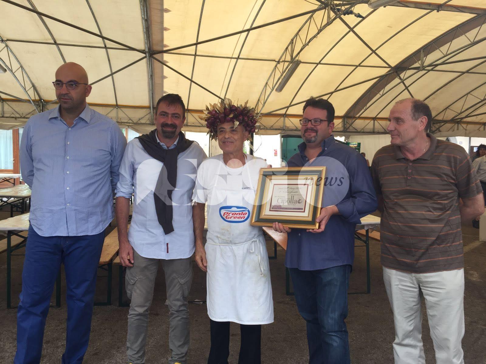 El Cipollaro vince il contest Stand dell'anno alla Festa della Cipolla 2016