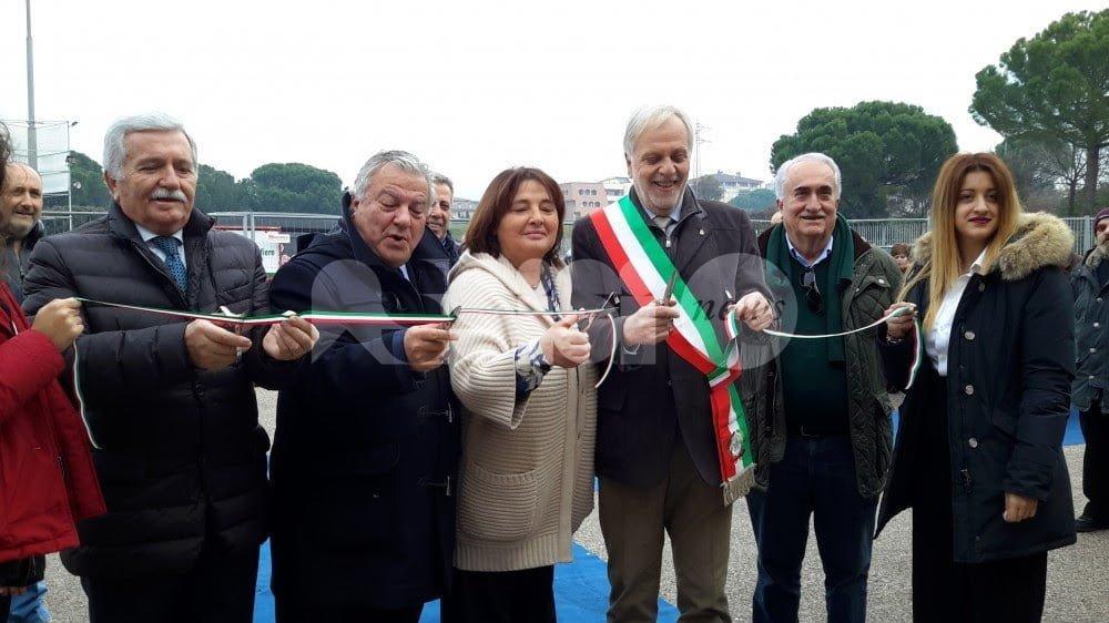 Expo Regalo 2016, inaugurata a Bastia Umbra la fiera del regalo natalizio