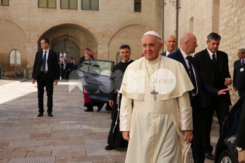 Papa Francesco: le benedizioni alla Chiesa di Assisi e ai francescani