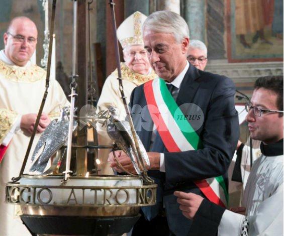 Il Piemonte offre l'olio per San Francesco 2016: arrivano Chiamparino e Appendino