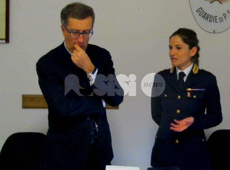 Polizia di Stato di Assisi, cinque agenti premiati dal questore Carmelo Gugliotta