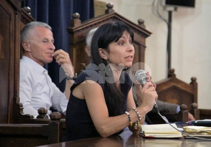 """Stefania Proietti: """"Assisi avrà guai ma non perirà mai. Per alcuni è 'indigeno' chi non vive nel centro storico"""""""