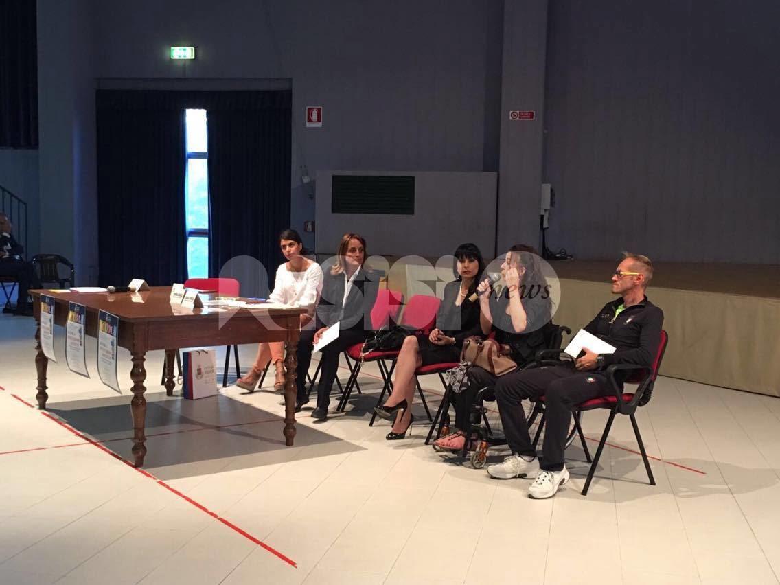 Scuola Istituzioni Società: Leonardo Cenci e Laura Rampini testimonial nelle scuole di Assisi