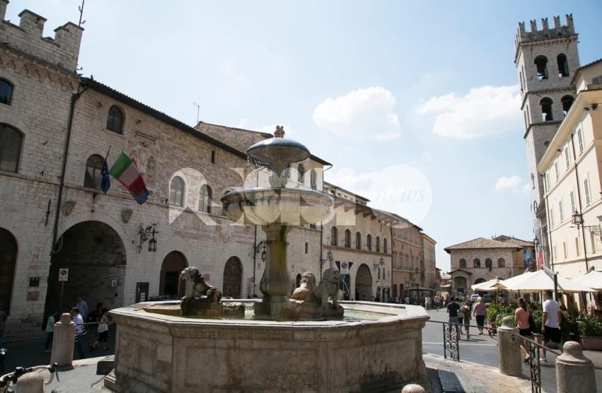 Staff del sindaco di Assisi, esposto di Bartolini, Fioroni e Fortini