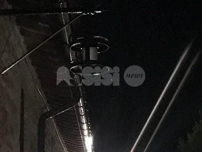 Luci nuovamente spente in centro ad Assisi con la pioggia di novembre (FOTO) - Assisi News
