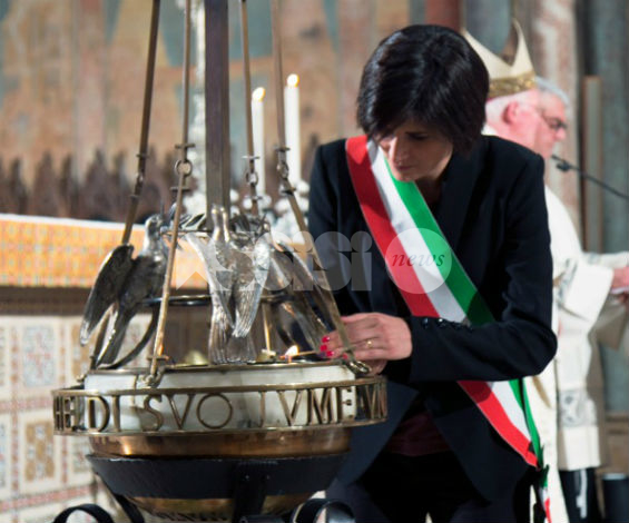 San Francesco 2016, la Festa: il sindaco di Torino accende la lampada