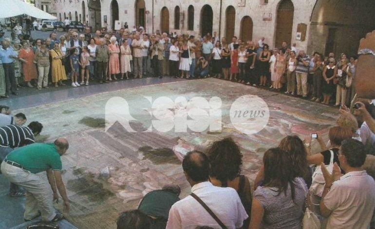 Assisi, il sipario di Raffaele Fogliardi recuperato e messo in sicurezza