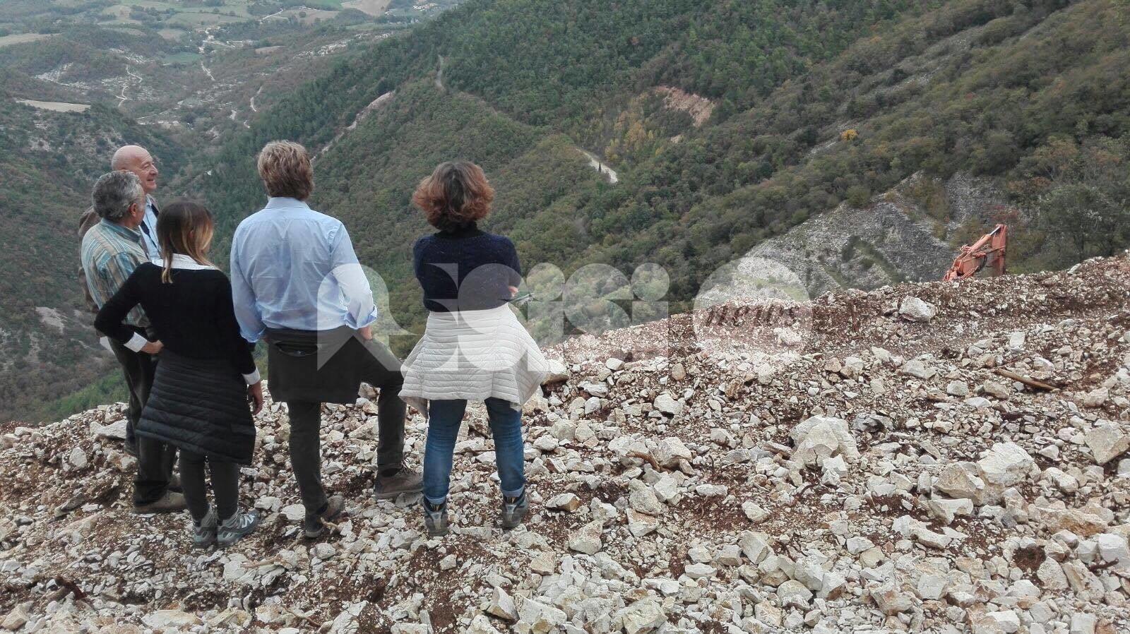 L'amministrazione comunale di Assisi visita Torgiovannetto e Campogrande