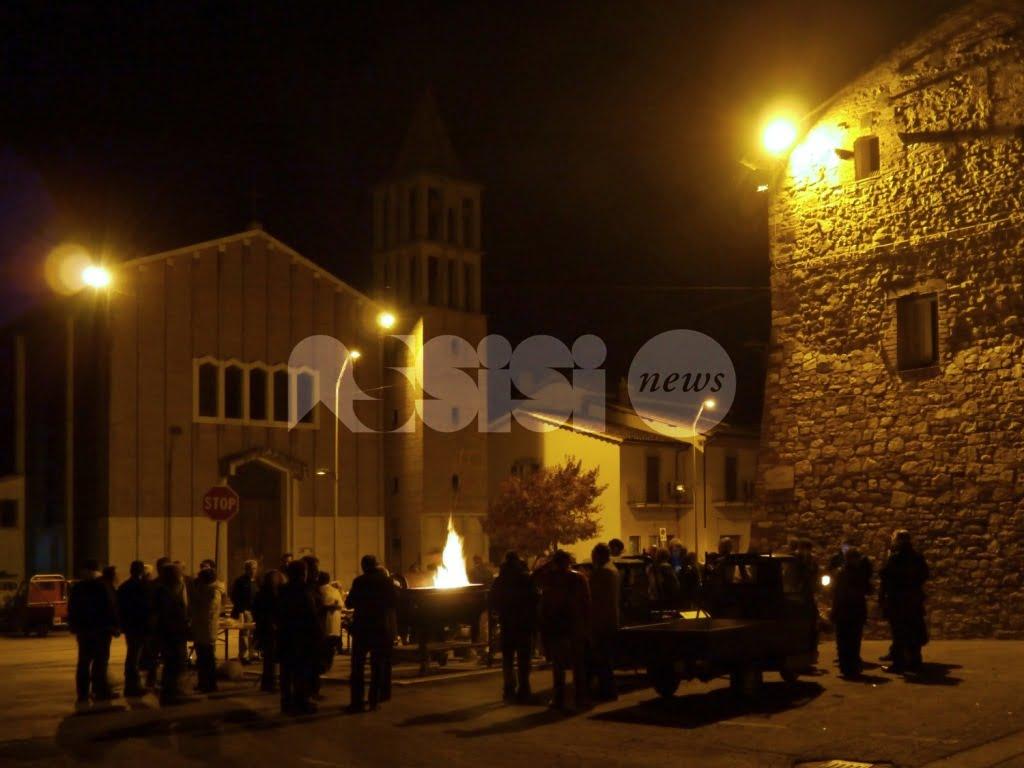 Pro loco Castelnuovo, domenica 13 novembre castagnata in piazza
