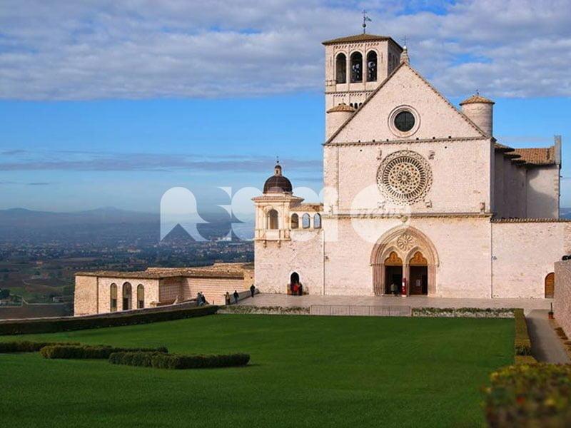 """Misure di sicurezza alle Basiliche, Uniti per Assisi: """"Dare un segnale"""""""