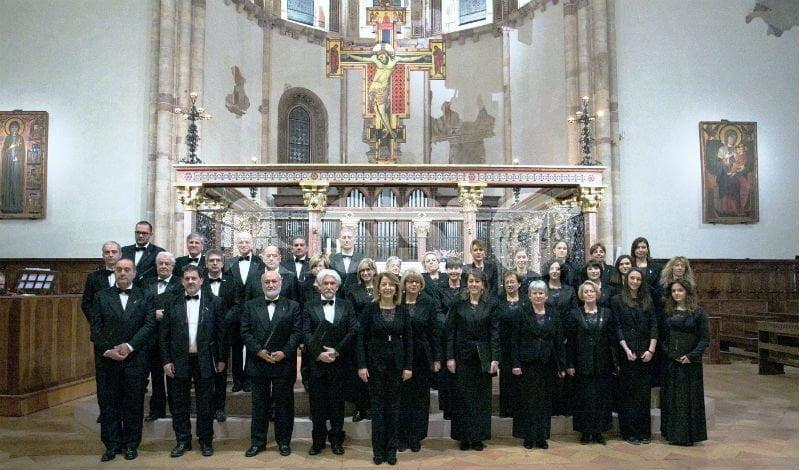 Cantori di Assisi, omaggio al Calendimaggio con i Cori delle due Parti