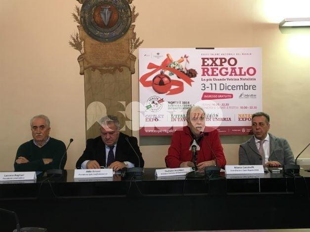 Expo Regalo 2016 presentato a Bastia Umbra: il programma