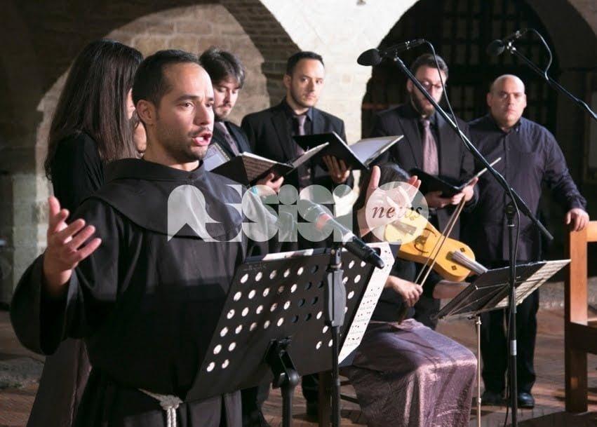 Frate Alessandro canta nella Basilica Superiore di Assisi: ingresso gratuito