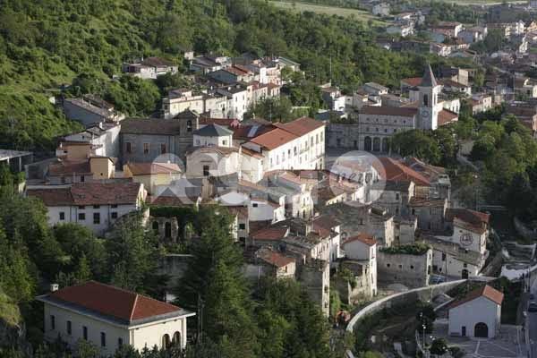 Assisi Spello e Pescina firmano un protocollo di collaborazione