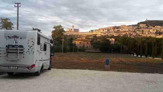 Turismo in camper, bene l'Umbria: Assisi tra i Comuni meglio attrezzati