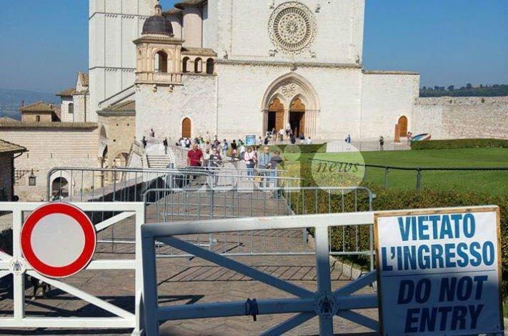 Via i varchi alle Basiliche Papali di Assisi: appello di Lunghi e Bocchini