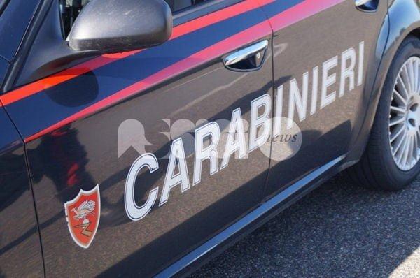 Rubano tuta per un amico, due donne denunciate da Carabinieri di Bastia Umbra