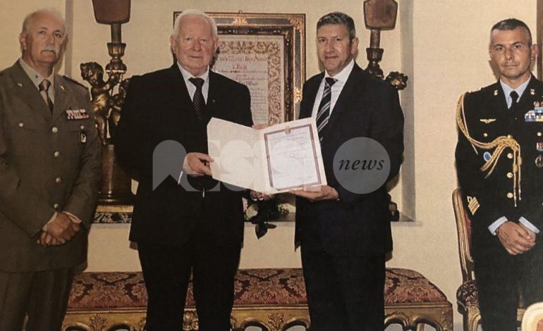 Massimo Zubboli ritira l'onorificenza concessa al generale Pennacchi (foto)
