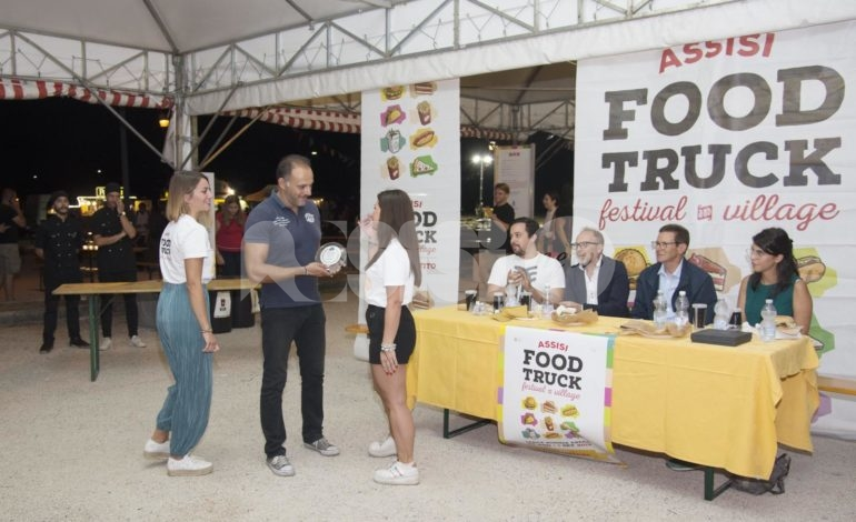 Assisi Food Truck Awards 2019, vince La Panella (foto)