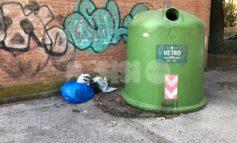 Abbandoni di rifiuti, ancora segnalazioni da Assisi e Santa Maria (foto)