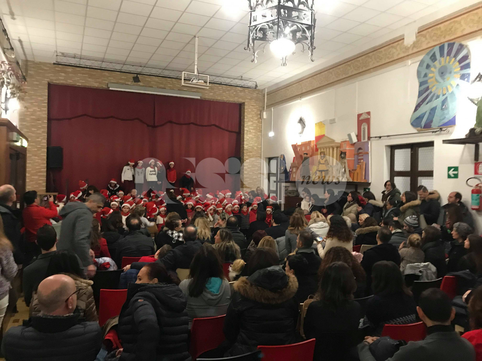 """Convitto Nazionale, cena di Natale per la """"famiglia più numerosa di Assisi"""""""