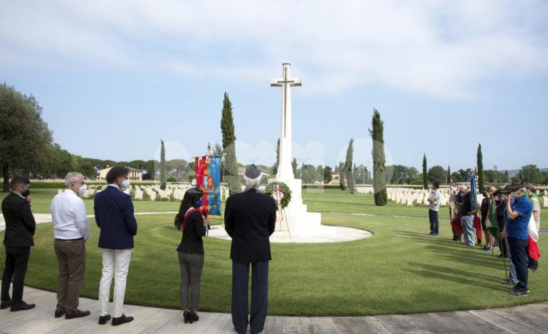 Liberazione della Città di Assisi 2021, cerimonia solenne a Rivotorto (foto)
