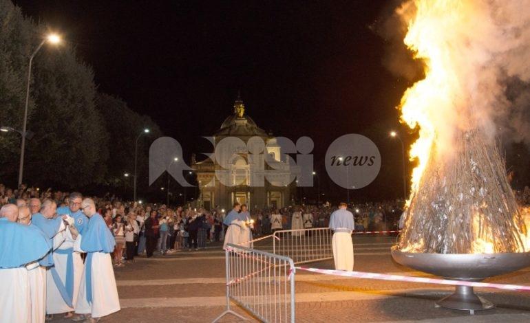 Focaraccio dell'Assunta 2019, grande partecipazione a Santa Maria (foto)