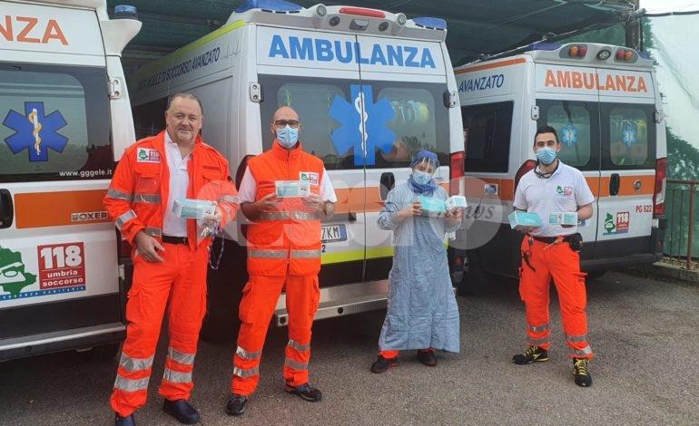 Il Comitato dei genitori della scuola materna di Rivotorto dona 300 mascherine all'ospedale