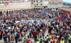 La Marcia della Pace Perugia-Assisi 2018 nel segno dei giovani e della fraternità (foto)