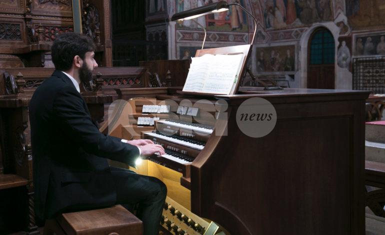 Sacræ Passionis Concentus 2021, protagonista l'organista Piergiovanni Domenghini (FOTO)