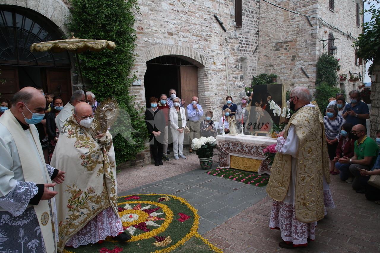 Corpus Domini 2021, ad Assisi non si ferma la tradizione (foto)