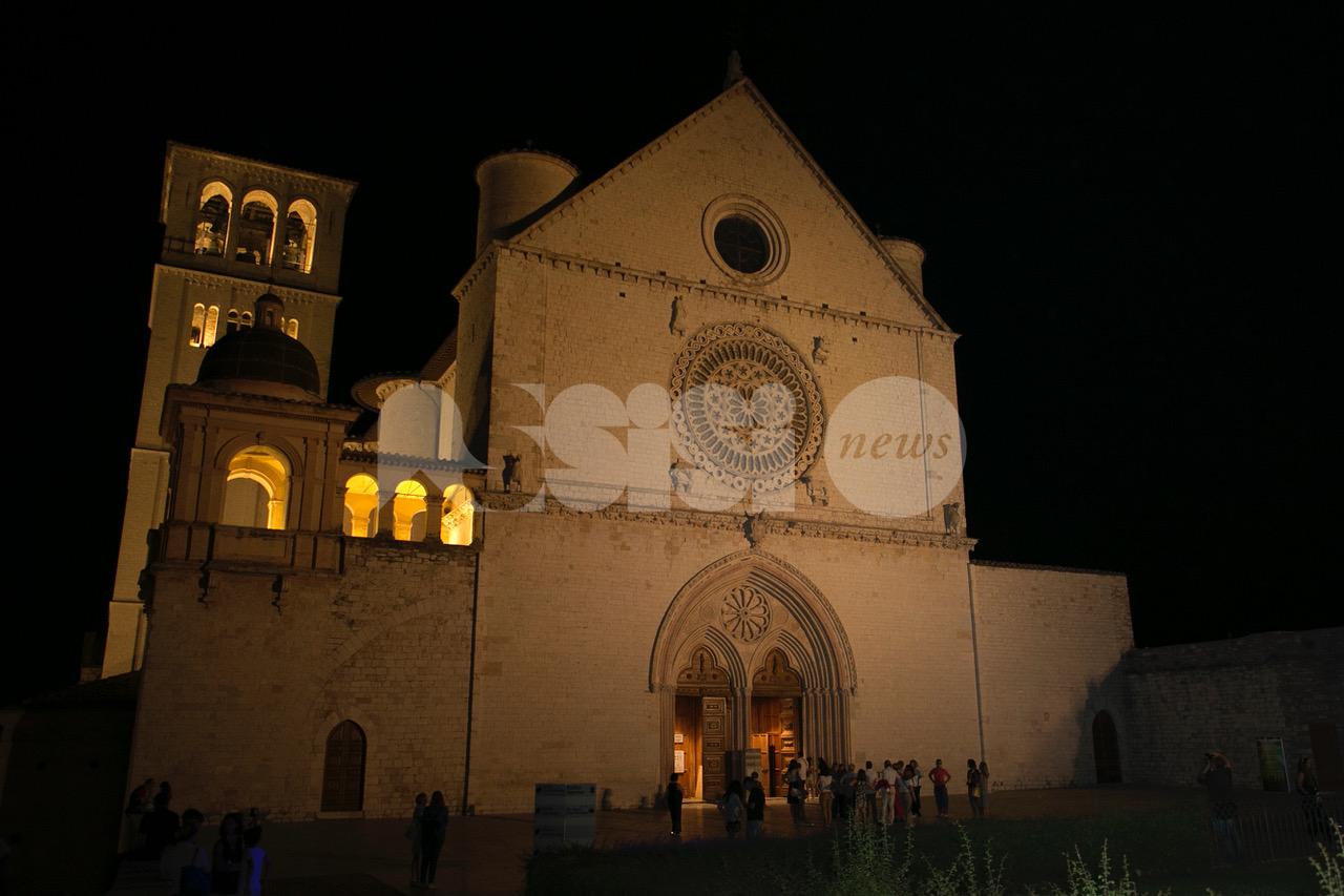 """""""Assisi, notte di luce"""", grande partecipazione all'iniziativa (foto)"""
