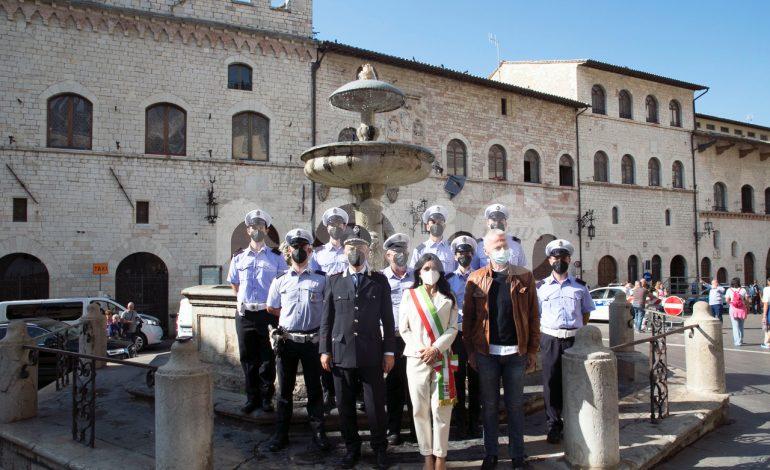 Vigili urbani, ad Assisi giuramento per sei nuove 'reclute' (foto)