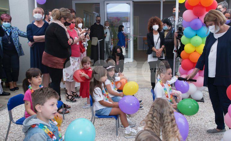 Inaugurato l'asilo nido comunale d'infanzia a Santa Maria degli Angeli (foto-video)