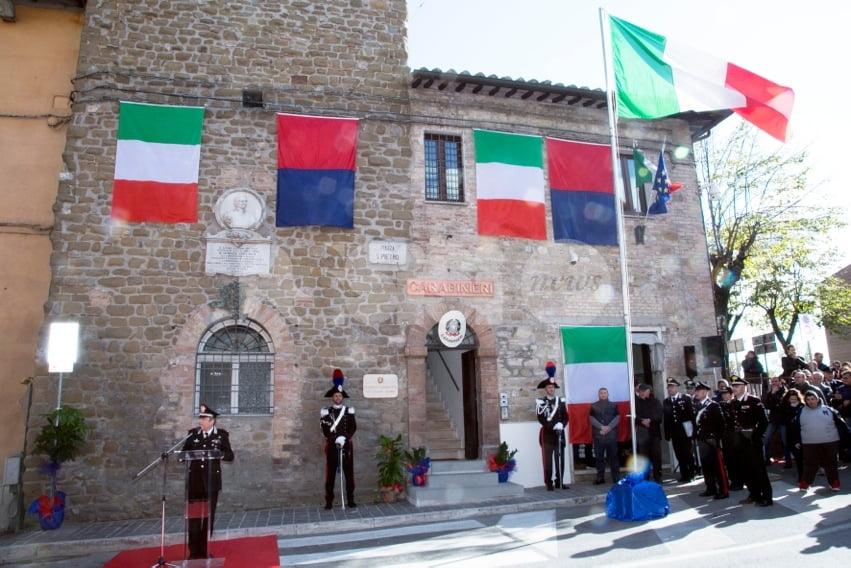 Carabinieri di Petrignano, nuova caserma: foto-video dell'inaugurazione