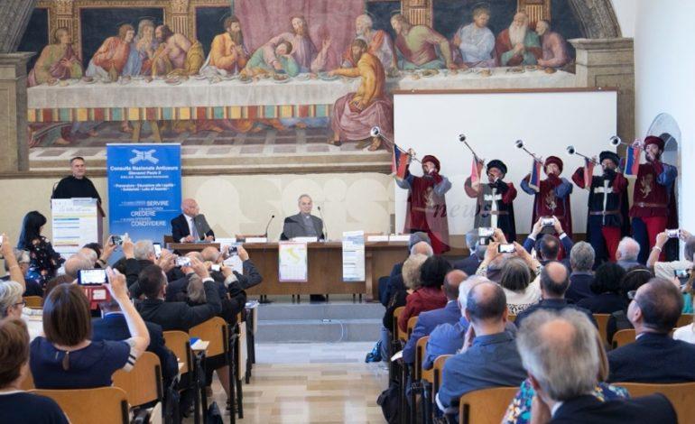 Usura, l'allarme da Assisi: 2 milioni di famiglie sovraindebitate, 7.500 hanno chiesto aiuto