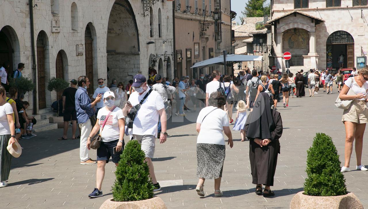 Turismo, le dichiarazioni di Marco Cosimetti fanno rumore: M5S e Assisi Domani ironizzano