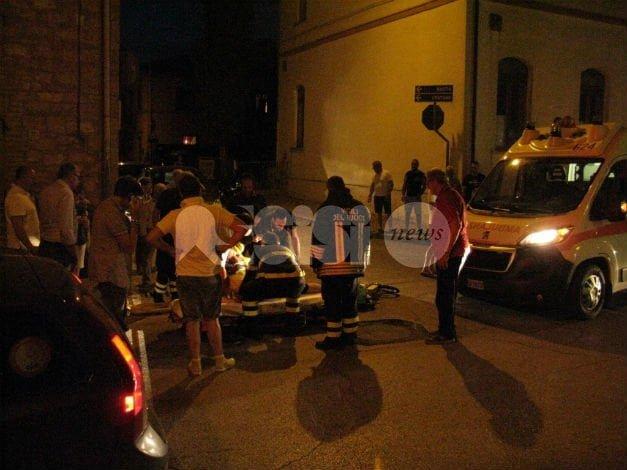 Ciclista investito da ciclista a Tordandrea di Assisi: protestano i residenti