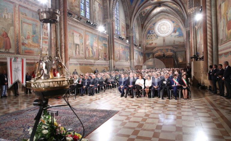"""Festa di San Francesco 2019 ad Assisi, il cardinale Betori: """"Ispiriamoci al Santo Patrono d'Italia"""" (foto+video)"""