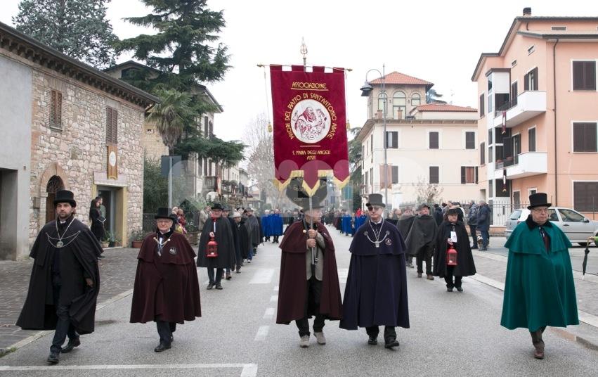 """Associazione Priori del Piatto di Sant'Antonio Abate: """"I Serventi non sono i padroni della Festa"""""""