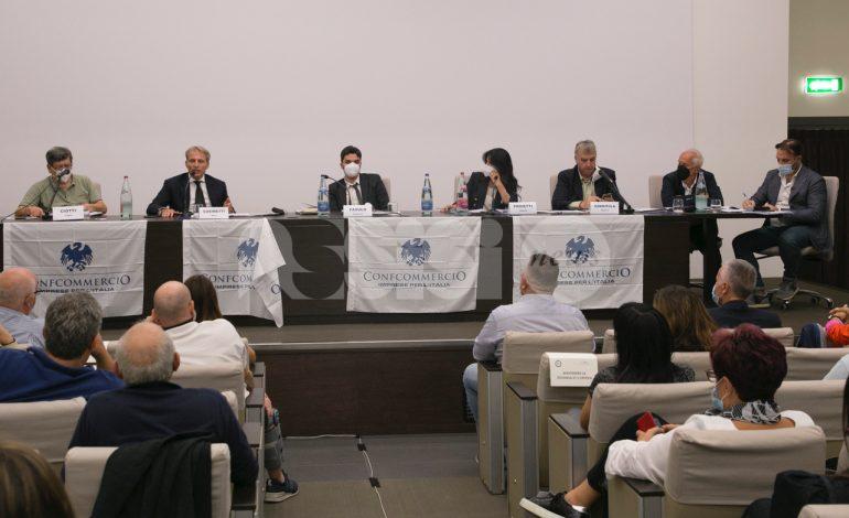 Confcommercio Assisi ha incontrato i candidati sindaco (foto+video)