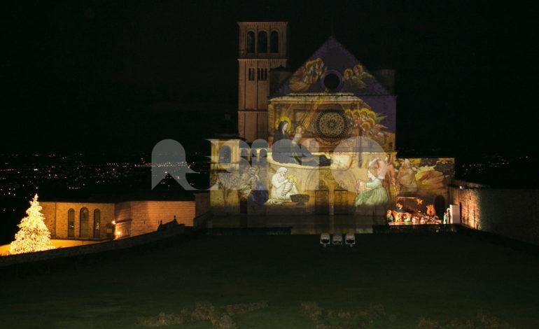 Natale Assisi 2020, continua la magia del videomapping e si arricchisce il presepe (foto+video)