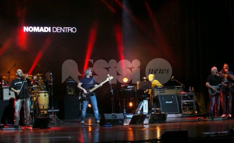 Nomadi Dentro Tour, le foto del concerto dei Nomadi ad Assisi
