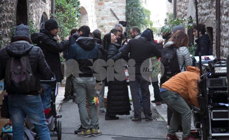 La sesta stagione di Che Dio ci aiuti sarà ambientata ad Assisi: scouting in città