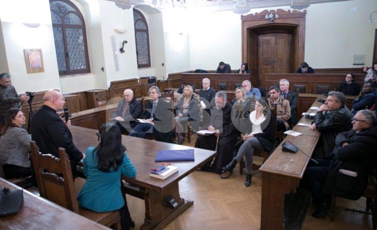La visita pastorale diocesana 2019 parte dal consiglio comunale di Assisi: le foto