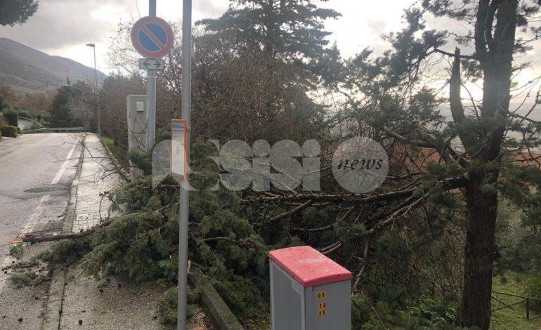 Maltempo in Umbria, oltre 3.000 utenze elettriche fuori uso